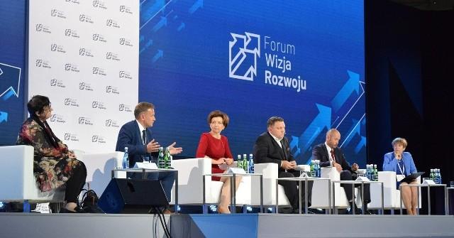 Fot.  Łukasz Kamasz. Polska stawia na rodzinę, to nie tylko hasła - podkreślała minister Marlena Maląg