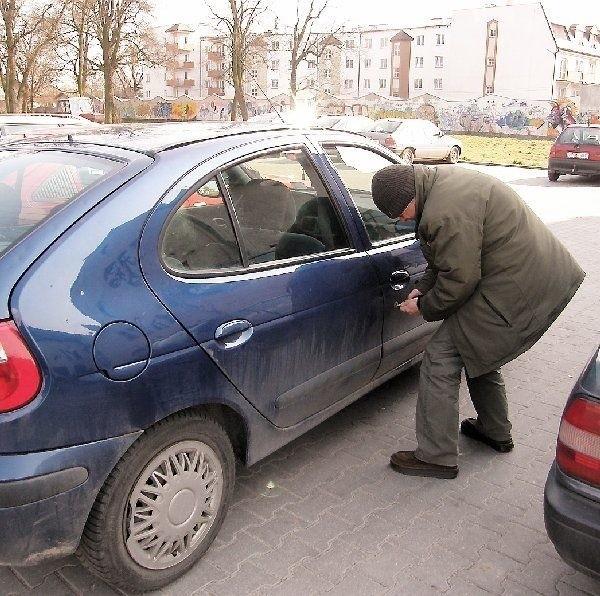 """Tego """"artystę"""" zatrzymano na jednym z  parkingów brodnickich..."""