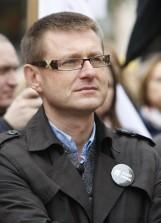 Radny z Łęczycy spowodował kolizję i uciekł, a sprawę tuszuje senator PiS?