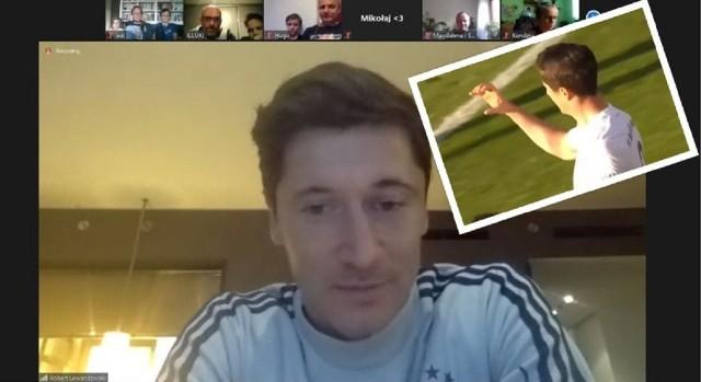 Po strzeleniu bramki dla Bayernu Monachium Robert Lewandowski nie zapomniał o prośbie Miłosza z drużyny CukierAsy Poznań i wykonał literkę C.