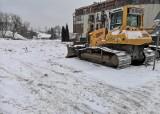 Kraków. Budowa trasy tramwajowej do Górki Narodowej: Zima utrudnia prace. Będą zmiany przy Mackiewicza [ZDJĘCIA]