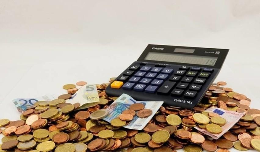 Gmina Słubice modelowo pozbyła się długówSłubice znalazły się na pierwszym miejscu w województwie lubuskim i na siedemnastym w Polsce, wśród miast powiatowych, pod względem wskaźnika zdolności kredytowej.