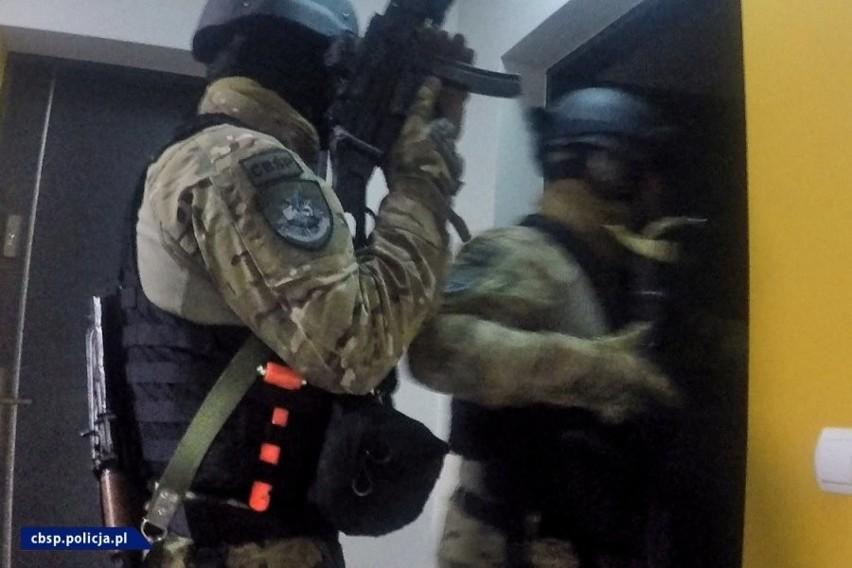 Policjanci CBŚP wspólnie z Prokuraturą Krajową z Rzeszowa zlikwidowali trzy agencje towarzyskie [ZDJĘCIA, WIDEO]