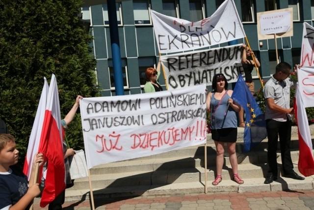 Protest mieszkańców ulicy Raginisa