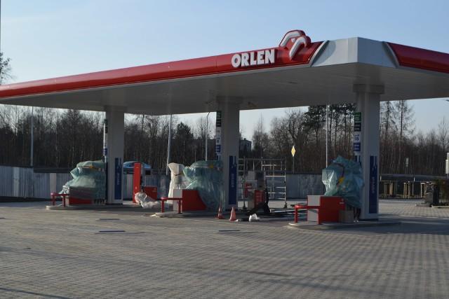 Trwa budowa stacji benzynowych. W Żorach będzie Orlen i Crab.Zobacz kolejne zdjęcia. Przesuwaj zdjęcia w prawo - naciśnij strzałkę lub przycisk NASTĘPNE