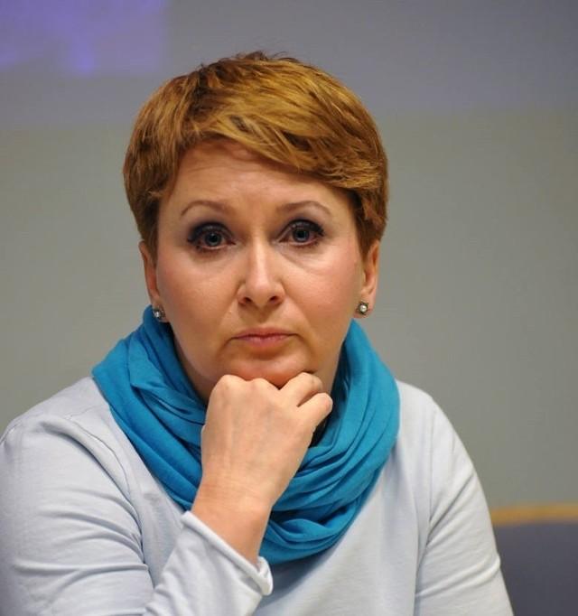 Anna Stojanowska,  jedna z nielicznych w Polsce ekspertek z zakresu hodowli koni arabskich