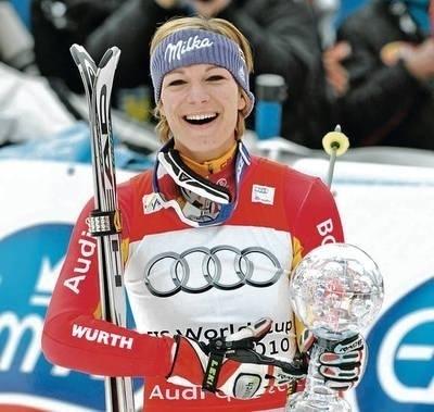 Maria Riesch z kulą za slalom Fot. PAP/EPA/Peter Kneffel
