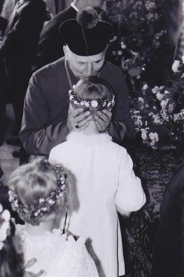 Sieradz. Pierwsza Komunia Święta sprzed pół wieku