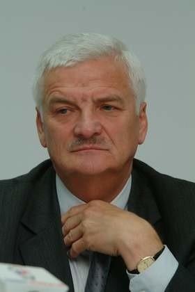 Marszałek województwa pomorskiego Jan Kozłowski.