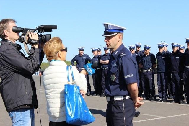 """Konkurs """"Policjant Ruchu Drogowego""""http://get.x-link.pl/cf9661e4-c1a7-7338-12dd-328954f2eb7f,eeb9f9d5-5429-9654-fb83-e01be706b4ab,embed.html"""