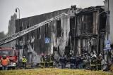 Włochy. Mały samolot pasażerski runął na dom w Mediolanie. Pilot i pasażerowie zginęli.