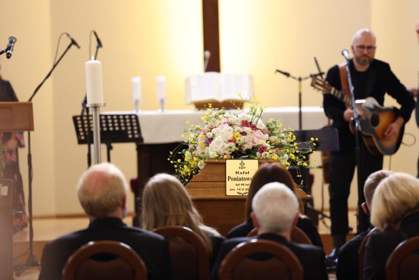 Pogrzeb dziennikarza Rafała Poniatowskiego