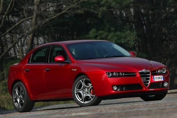 Alfa Romeo 159 spełnia wiele męskich kryteriów wyboru auta