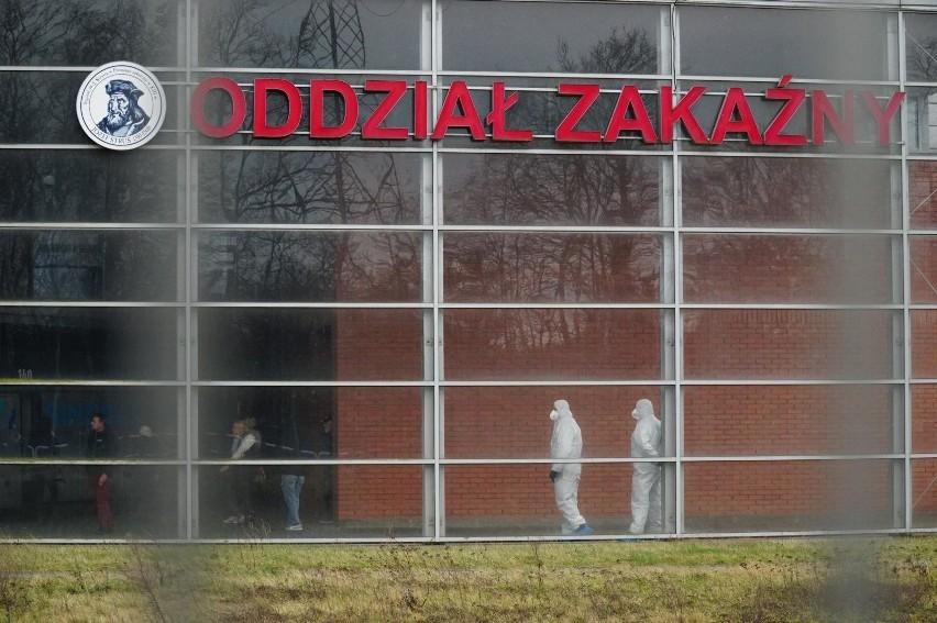 Szpital na Szwajcarskiej dostał 750 testów