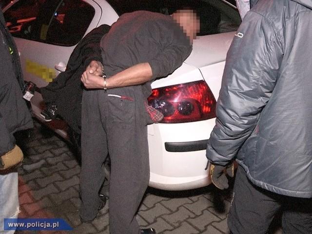 Decyzją sądu obydwaj podejrzani zostali tymczasowo aresztowani na trzy miesiące.