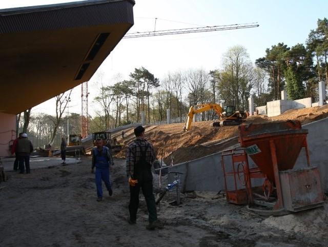 Cały remont amfiteatru zakończy się w przyszłym roku. W drugim etapie powstanie zadaszenie widowni oraz nowe zaplecze sceny.