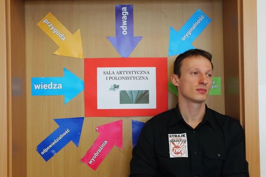W Gimnazjum nr 58 przy ul. Małoszyńskich pracownicy strajkowali niemal w komplecie