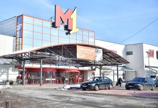 W Centrum handlowym M1 czynne są tylko niektóre sklepy.