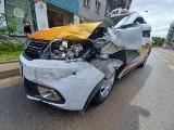 Wypadek taksówki na Jedności Narodowej. Zablokowany pas ruchu [ZDJĘCIA]