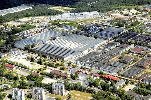 Starachowicka Strefa Ekonomiczna poszerzona o tereny w Końskich i KornicyPonad 1,5 hektara gruntów położonych w gminie Końskie zostało włączonych do Specjalnej Strefy Ekonomicznej Starachowice.