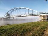 Przez zamknięty most w Świerkocinie mieszkańcy muszą nadkładać wiele kilometrów. Pomoże most pontonowy?
