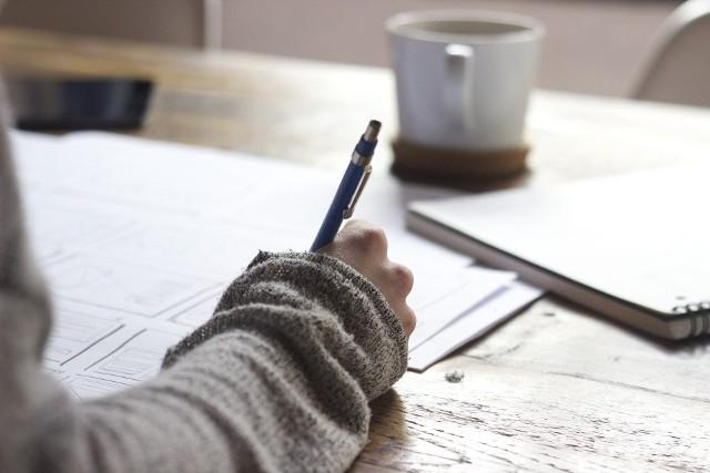 Egzamin ósmoklasisty 2021. Powtórka, harmonogram, tematy. Co będzie na egzaminie ósmoklasisty? Jak się do niego przygotować?