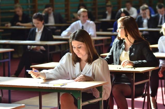 Wyniki matury 2014: Plotki i legendy krążą wokół egzaminu