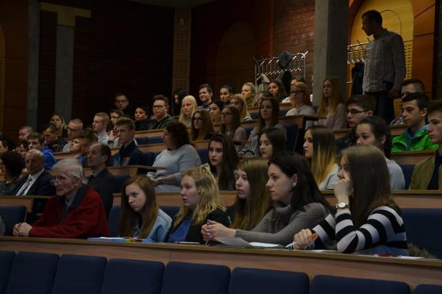 Rybnik: młodzi przyszli na sympozjum o ks. Franciszku Blachnickim