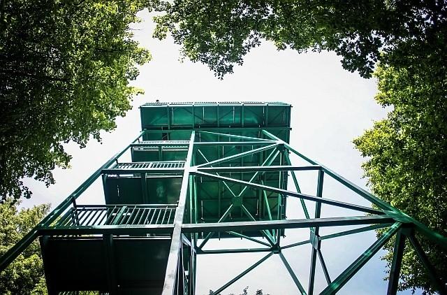 Prezydentowi Januszowi Kubickiemu zamarzyła się wieża...