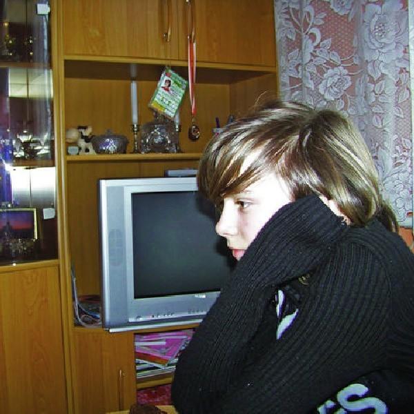Klaudia zna mamę tylko ze zdjęć. Kilka razy jej się śniła.
