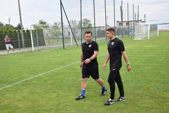 Pracę stracił i Marcin Domagała (z lewej) i jego asystent Szymon Kuriata (z prawej).