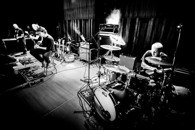 """Grupę Hot Water usłyszymy w poznańskim klubie Blue Note już w piątek. Zagra ona m.in. muzykę z płyty """"Elektryczny kot"""""""