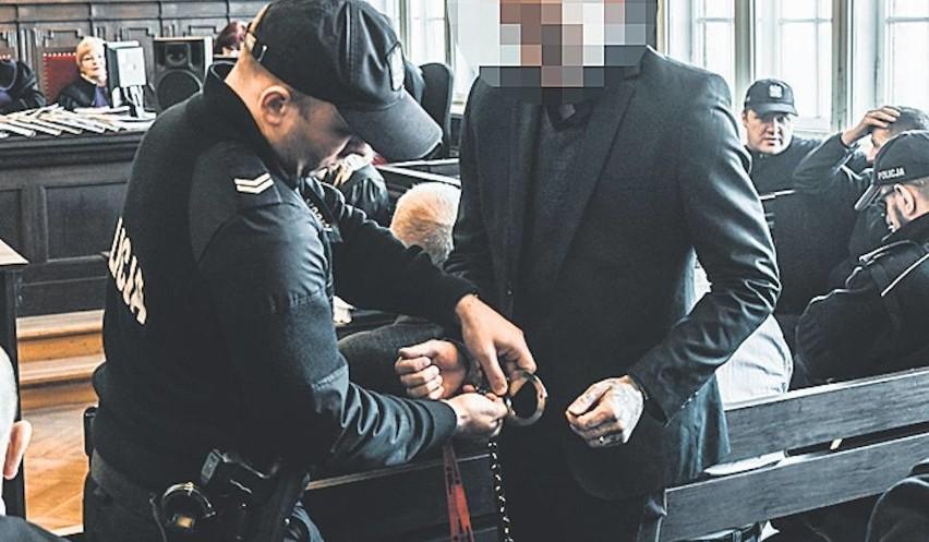 Trzech oskarżonych mężczyzn usłyszało dzisiaj wyroki.