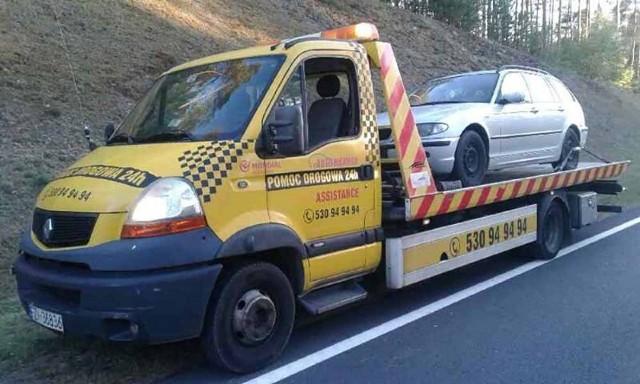 Auto zostało odholowane przez pomoc drogową