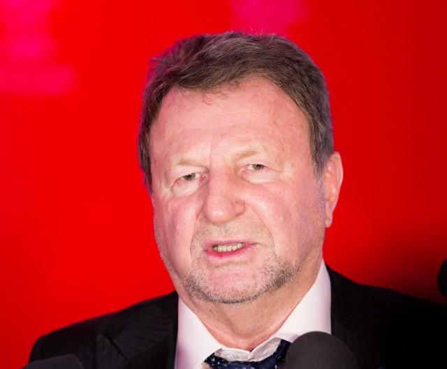 Józef Wojciechowski nie zdążył zebrać wymaganych statutem rekomendacji i nie wystartuje na prezesa PZPN.