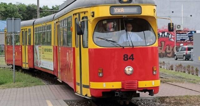 Od środy, 1 lipca po części torowiska od al. 23 Stycznia do pętli w Tarpnie nie będą jeździły tramwaje