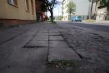 Widzisz dziurawy chodnik, brak przejścia? Możesz to zgłosić rzecznikowi pieszych