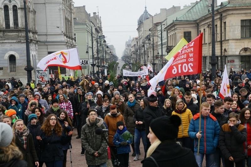 Marsz dla Jezusa na ul. Piotrkowskiej [zdjęcia]