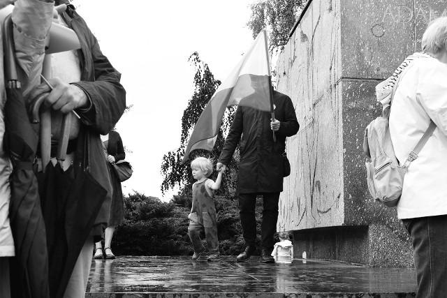W najbliższą sobotę w Galerii w Bramie na Garbarach odbędzie się wystawa poświęcona miastu i wydarzeniom, które odbywały się w czasie pandemicznej rzeczywistości.