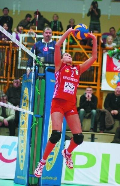 Anna Manikowska dokładnie rozgrywała piłki do swoich koleżanek, a te nie miały kłopotów ze zdobywaniem punktów