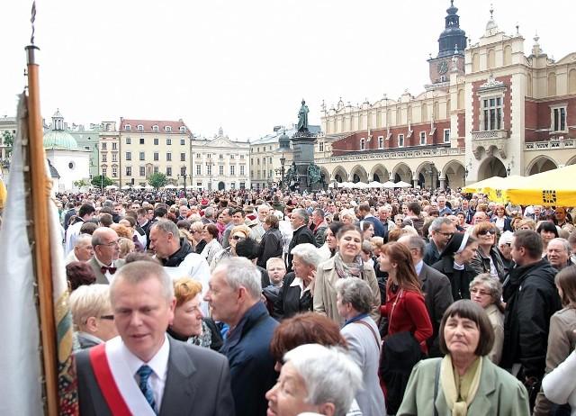 Uroczystości Bożego Ciała na Rynku w Krakowie.