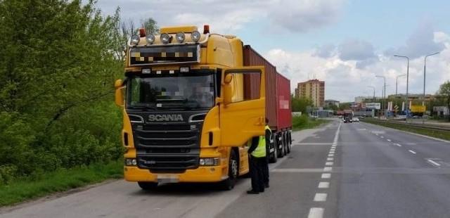 Obie ciężarówki zostały zatrzymane w czwartek, 7 maja, w Radomiu.