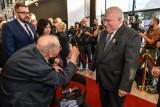 Urodziny Lecha Wałęsy 2018. Były prezydent RP świętował 75.urodziny i 35. rocznicę otrzymania Pokojowej Nagrody Nobla [zdjęcia, wideo]