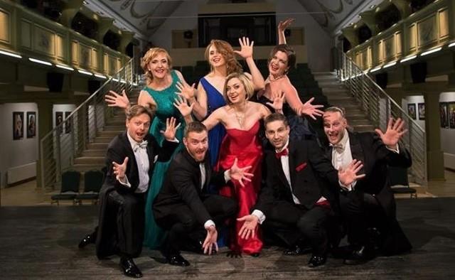 """Międzynarodowa Grupa Operowa Sonori Ensamble i """"Mozartiada"""" - to propozycja na rozpoczęcie koncertów niedzielnych w nowym sezonie w Grudziądzu"""
