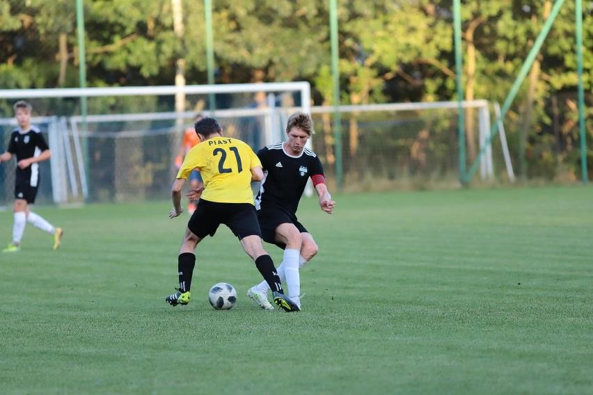Ks Grabówka i Puszcza Hajnówka są jedynymi drużynami z kompletem punktów w klasie okręgowej