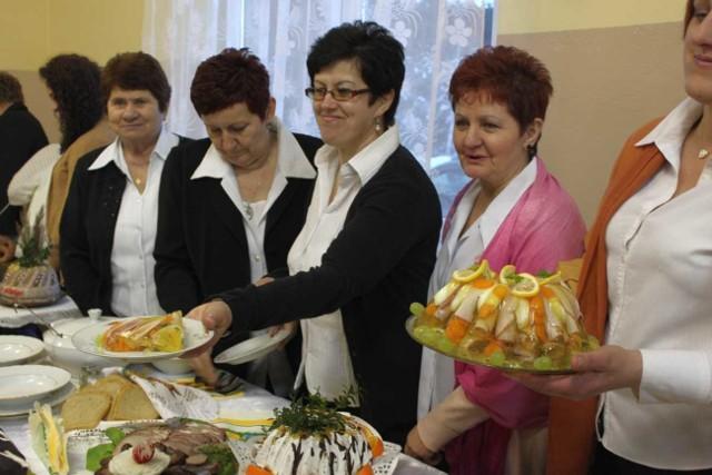 Wielkanocne śniadanie w Słomianej.