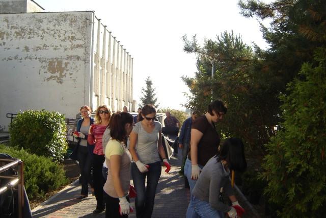 Stowarzyszenie Promyk przekazało 70 tys. zł z własnej kieszeni na remont Vitalii. Opiekunowie sami oczyścili budynek