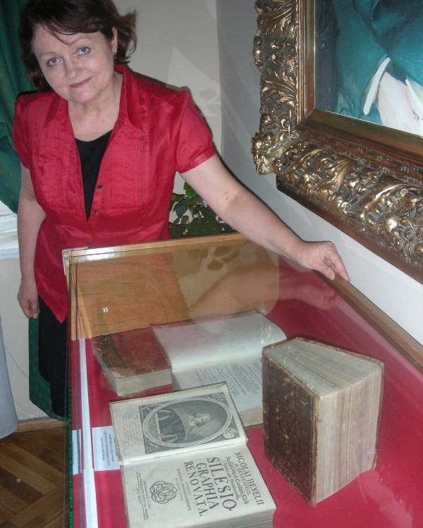 Księga kosztowała 6 tysięcy złotych.