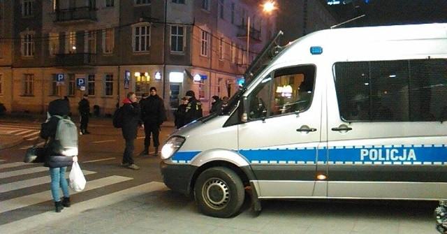 Ponad 100 osób ewakuowano z dworca PKS w Katowicach