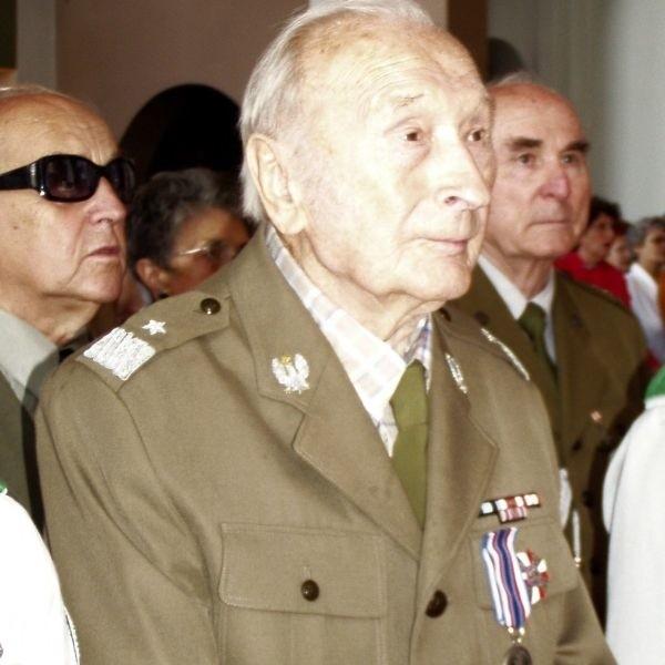 Ostatnie zdjęcie Antoniego Hedy jako generała brygady, w ubiegłym roku na uroczystości starachowickich harcerzy.